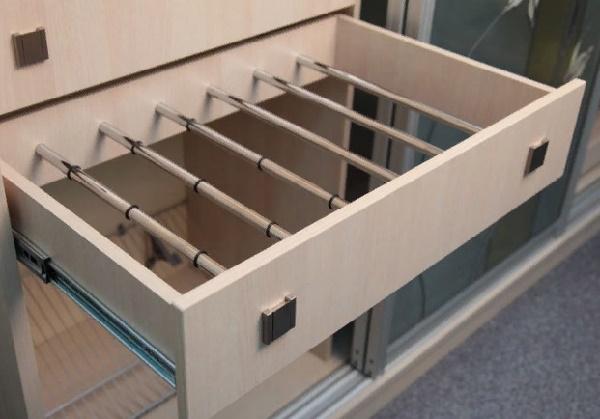аналог брючницы для шкафа-купе из дсп