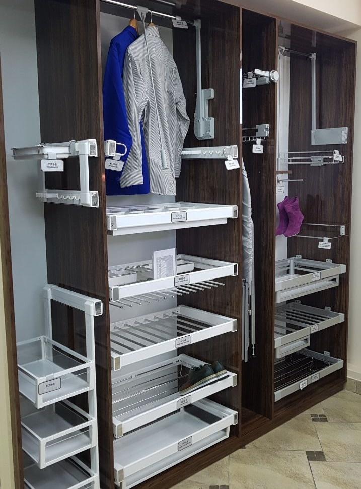 металлические выдвижные корзины для шкафа-купе