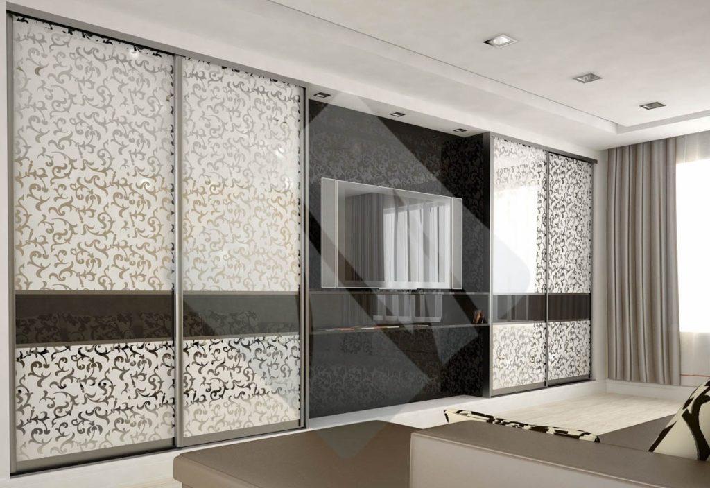 фото шкафа-купе с декоративными зеркалами миракл в интерьере