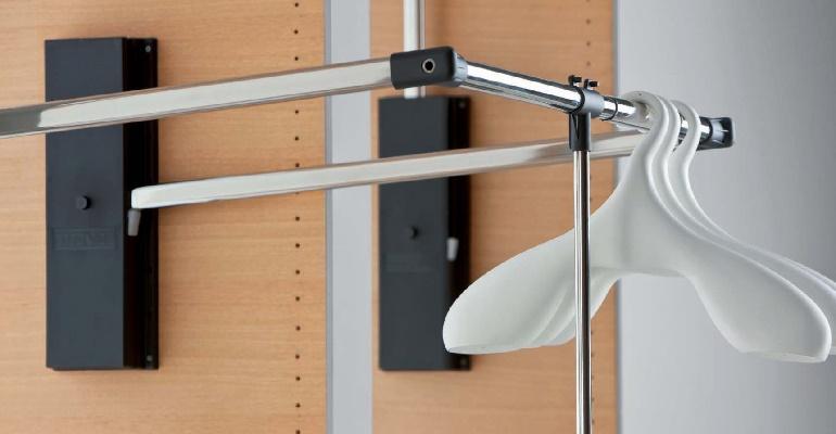 Пантограф для одежды в шкаф-купе, о видах, нюансах выбора и установки