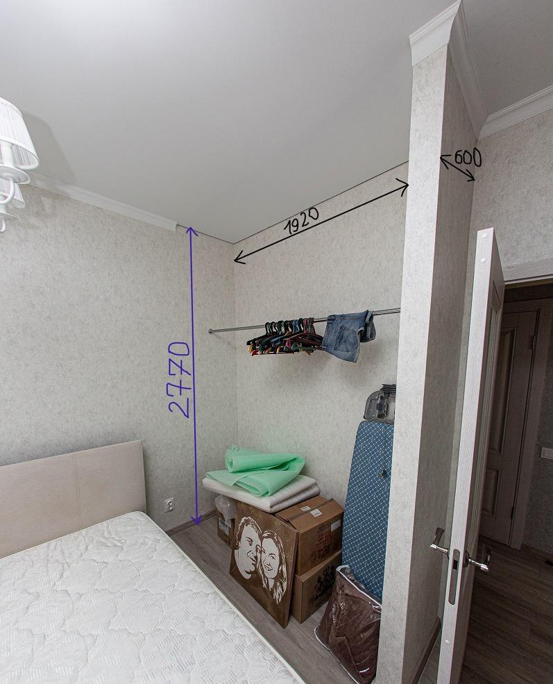 размеры встроенного шкафа-купе в маленькой спальне